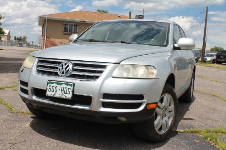 2004 volkswagen touareg v8 115k top of the line needs minor repairs for sale sold. Black Bedroom Furniture Sets. Home Design Ideas