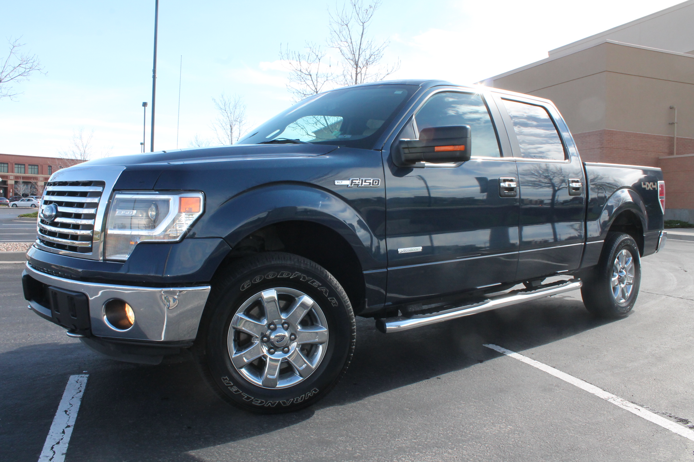 2014 ford f 150 crew cab pickup truck 4x4 3 5l ecoboost turbo mint sold collision repair. Black Bedroom Furniture Sets. Home Design Ideas