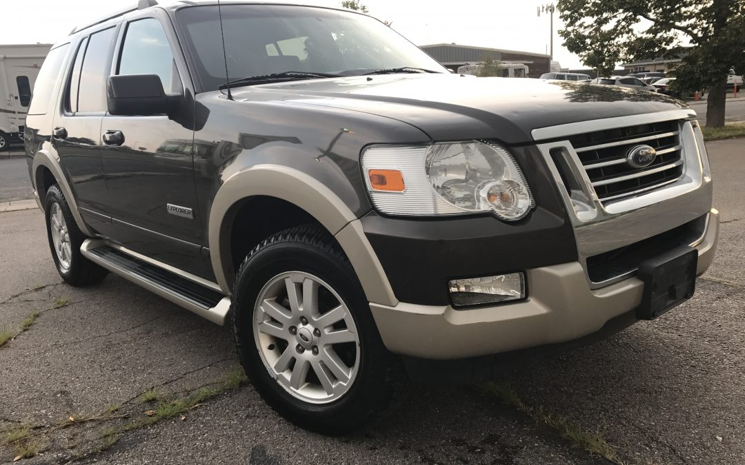 2006 ford explorer eddie bauer edition suade leather for sale in denver co sold. Black Bedroom Furniture Sets. Home Design Ideas