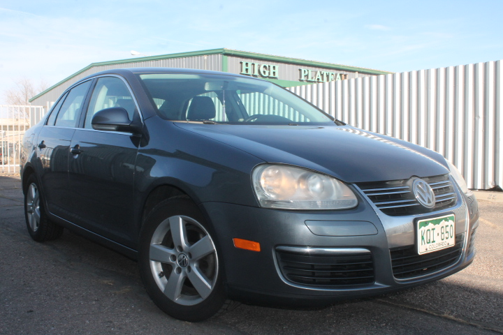 2009 Volkswagen Jetta 2.5L FWD for sale in Denver, CO – ***SOLD***