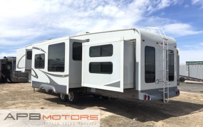 2009 Open Range 392BHS Bunkhouse 5th wheel 4 seasons for sale in Denver, CO ***SOLD***