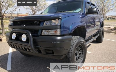 2006 Chevrolet Avalanche 1500 Z71 Lifted Bose 4×4 Crew Cab pickup for sale in Denver, CO ***$15,000***