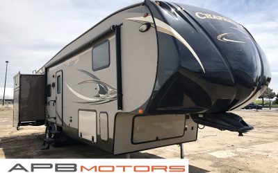 2014 Coach Chaparral by Forest River 5th Wheel trailer for sale in Denver, CO ***$26,500***