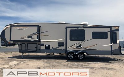2014 Coach Chaparral by Forest River 5th Wheel trailer for sale in Denver, CO ***SOLD***
