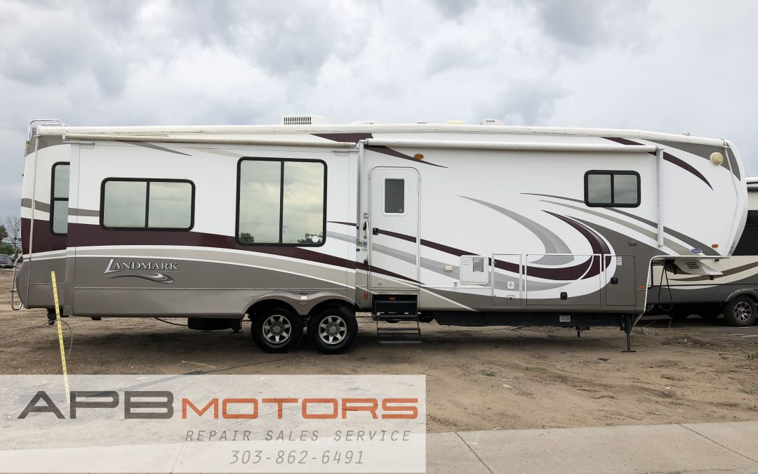 2012 Heartland Landmark Grand Canyon Luxury 5th wheel trailer rv in Denver, CO  ***$34,999***