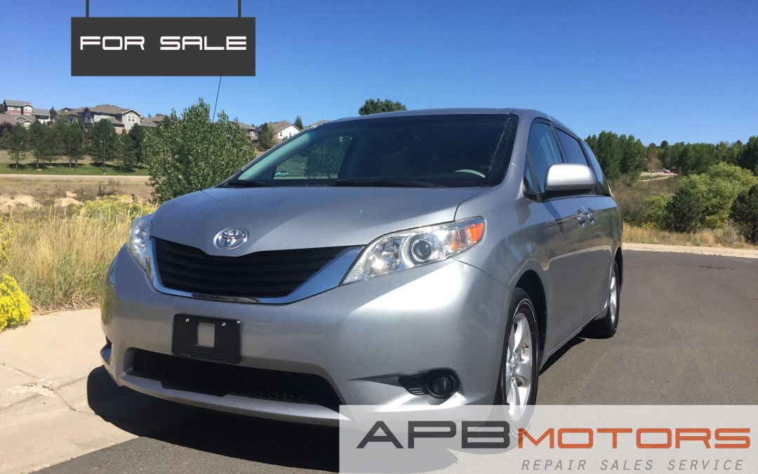 2011 toyota sienna le 7 passenger auto access seat minivan for sale in denver co sold. Black Bedroom Furniture Sets. Home Design Ideas