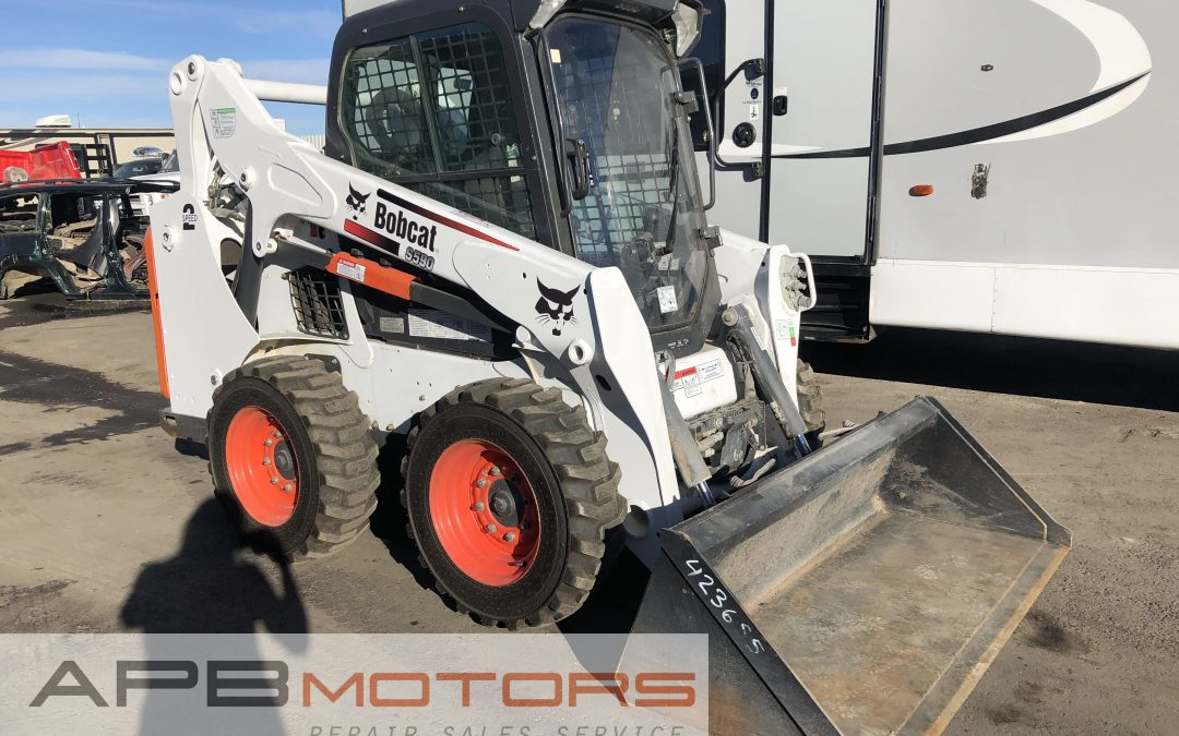 2014 BOBCAT skid steer s590 for sale in Denver, CO ***$27,500***