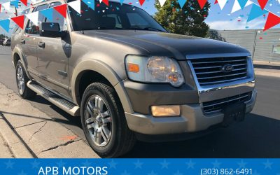 2006 Ford Explorer Eddie Bauer 4×4 suv for sale in Denver, CO ***$3500***